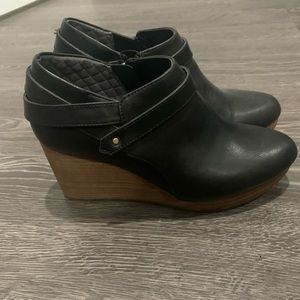 Dr. scholls wedge booties